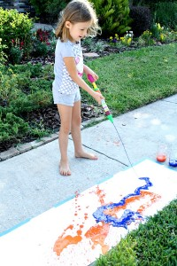 Painting-with-water-shooters-Summer-Art