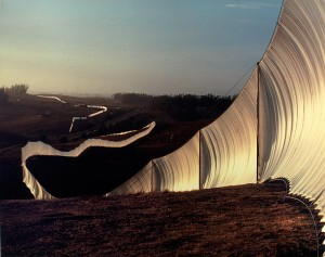 "Christo and Jeanne-Claude's ""Running Fence,"" 1976, c/o eyelevel.si.edu"