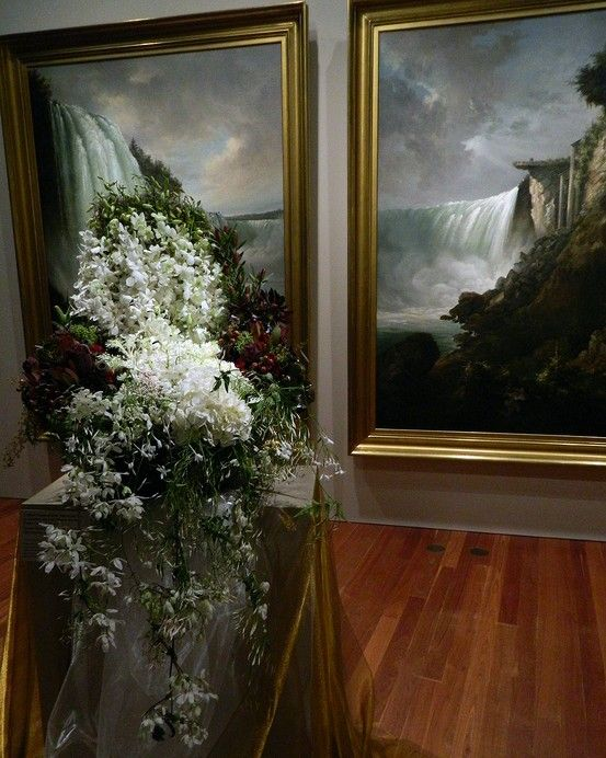 A past exhibition at the de Young's Bouquets to Art. Image c/o the de Young Museum on Pinterest.